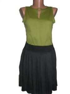 top verde si fusta neagra