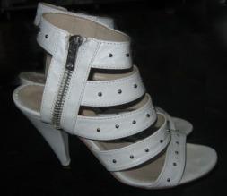 sandale albe tinte