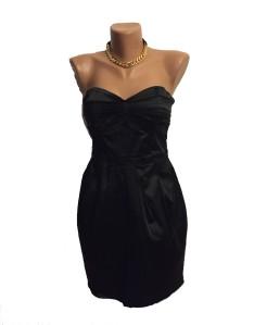 rochie neagra tip pix